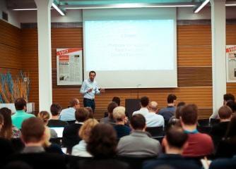 Hilfe vom Pitch Deck Doc - Wir optimieren dein Pitch Deck für deine Präsentationen bei Investoren