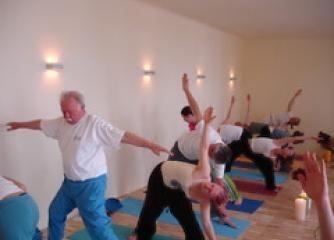Yoga Basiskurs 3 Monatskarte