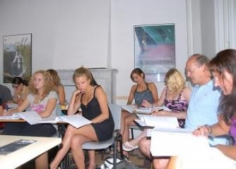Vorbereitungskurs auf das italienische Firenze-Sprachdiplom in Viareggio, Toskana